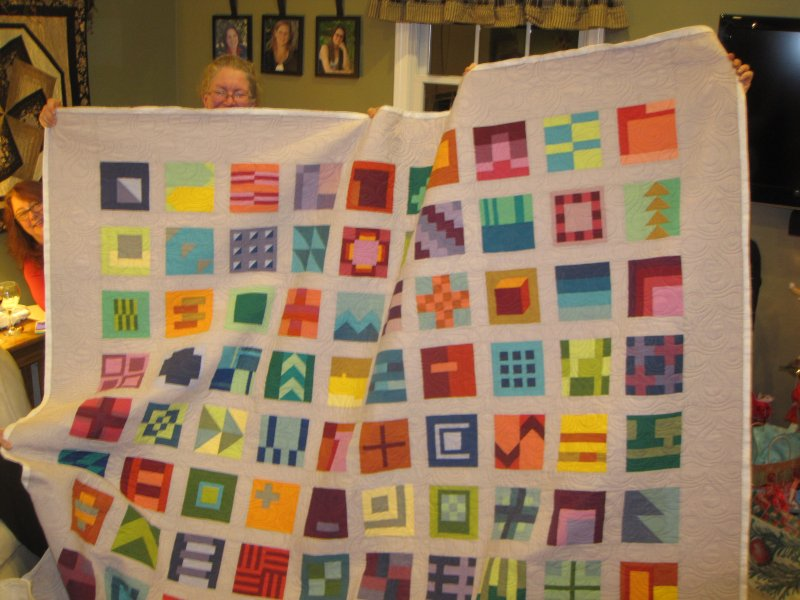 New hampshire modern quilt guild december 2014 for Modern house quilt block